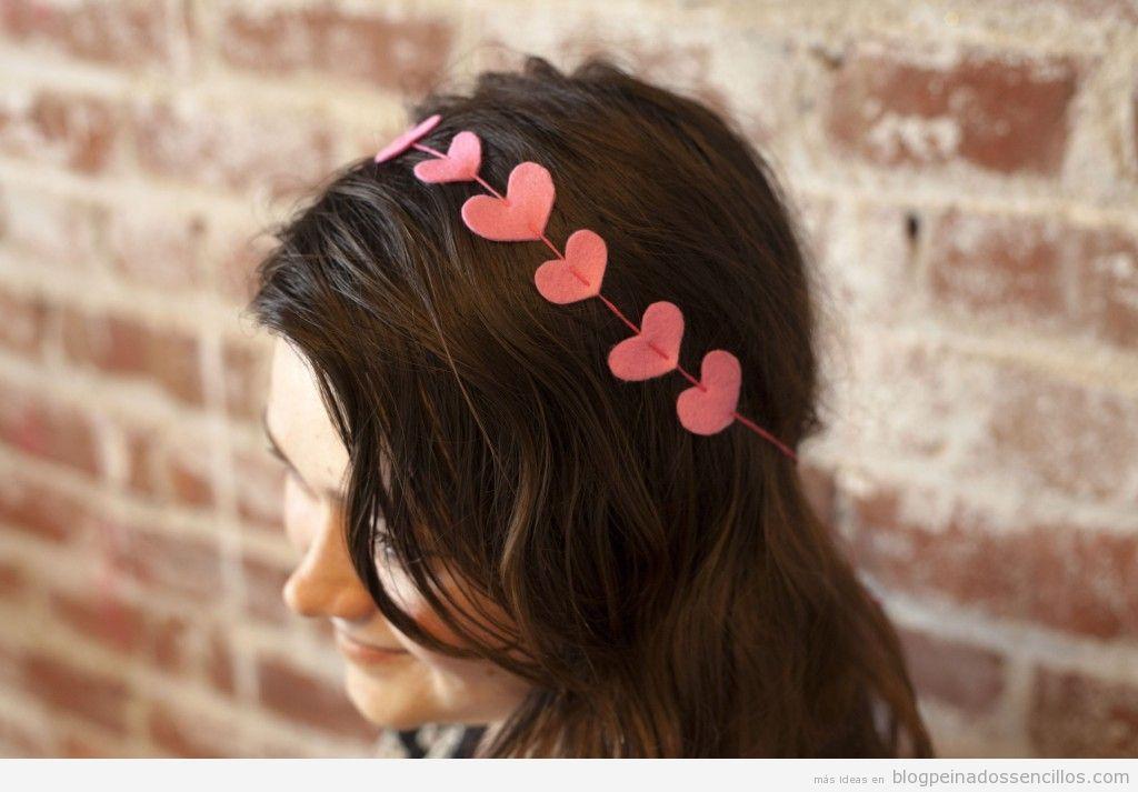 Diademas con corazones de fieltro para peinado San Valentín 2